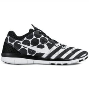 B2G1 Nike 5.0 Free Black/White Pattern Sneakers